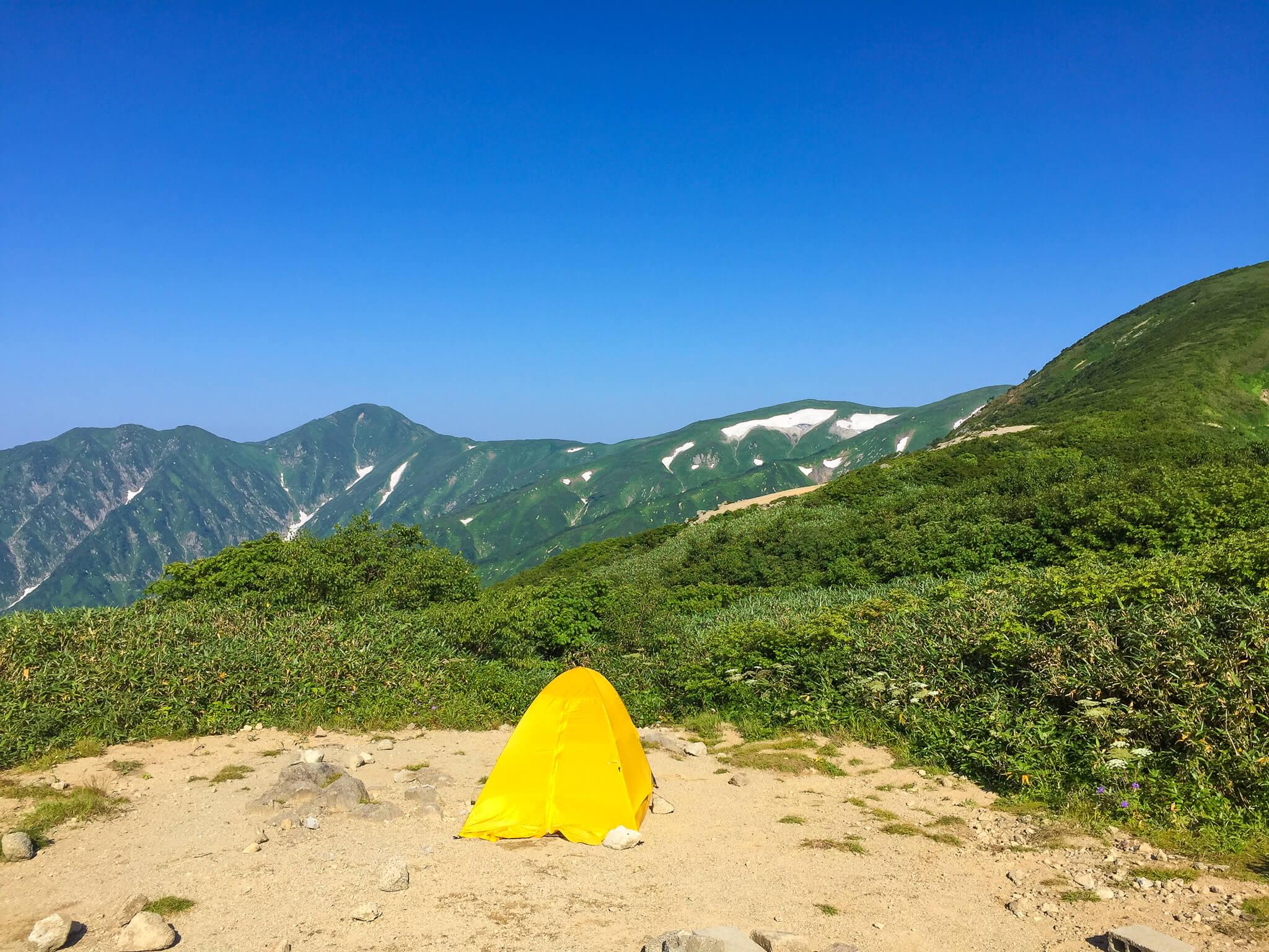 飯豊山・切合小屋でテント回収