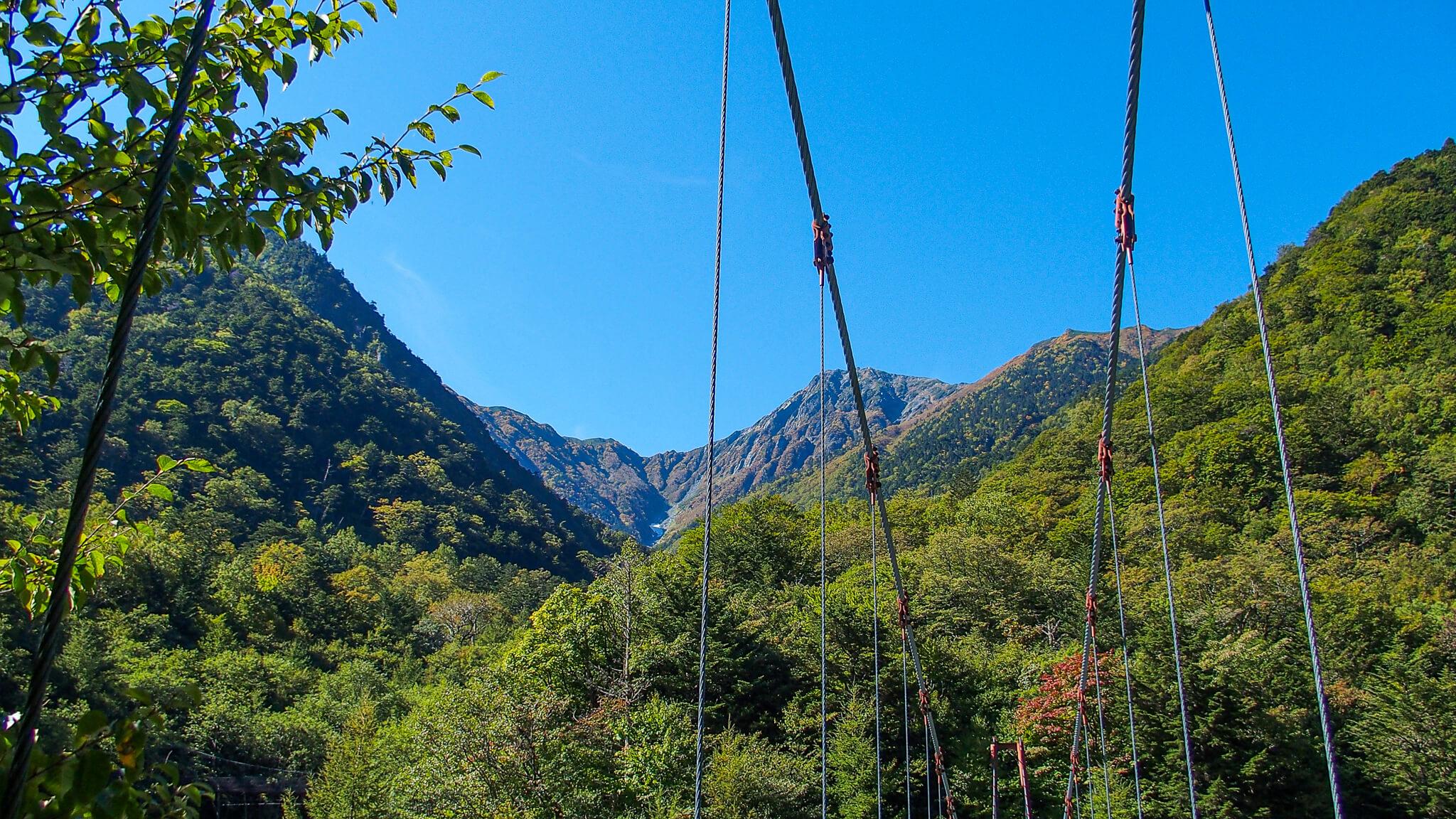 北岳・吊り橋からの北岳