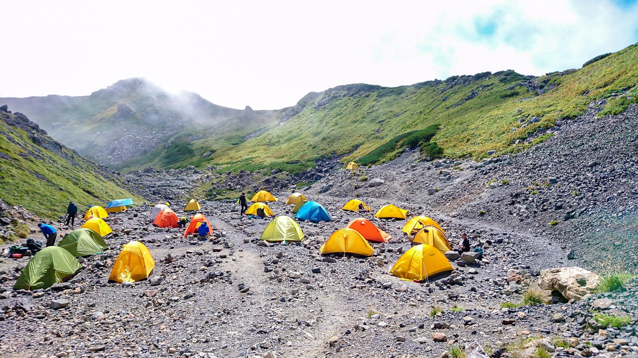 白馬岳・村営白馬岳頂上宿舎のテント場
