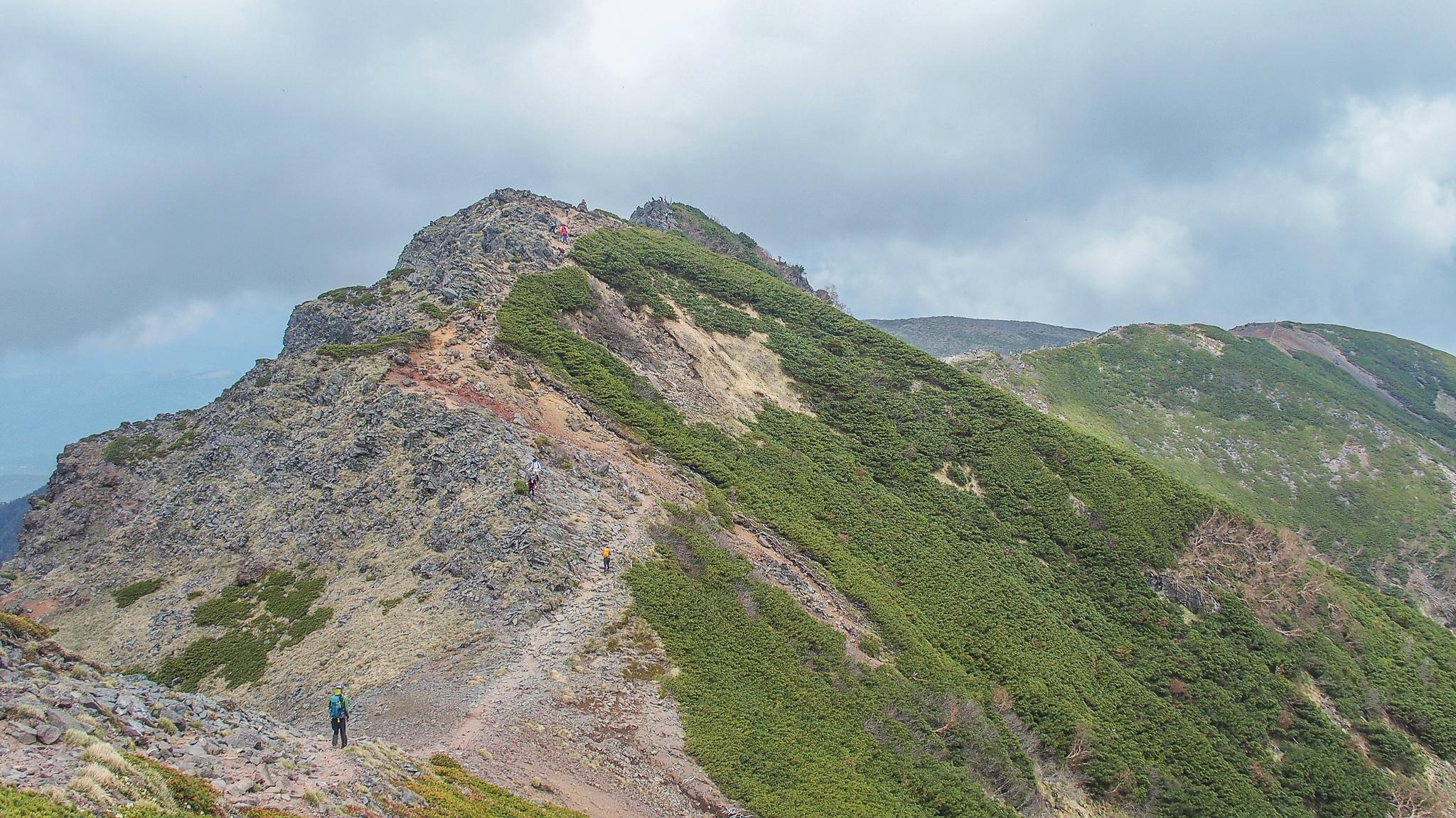 八ヶ岳(赤岳・横岳・硫黄岳)・横岳、どんどん進んで行きましょう