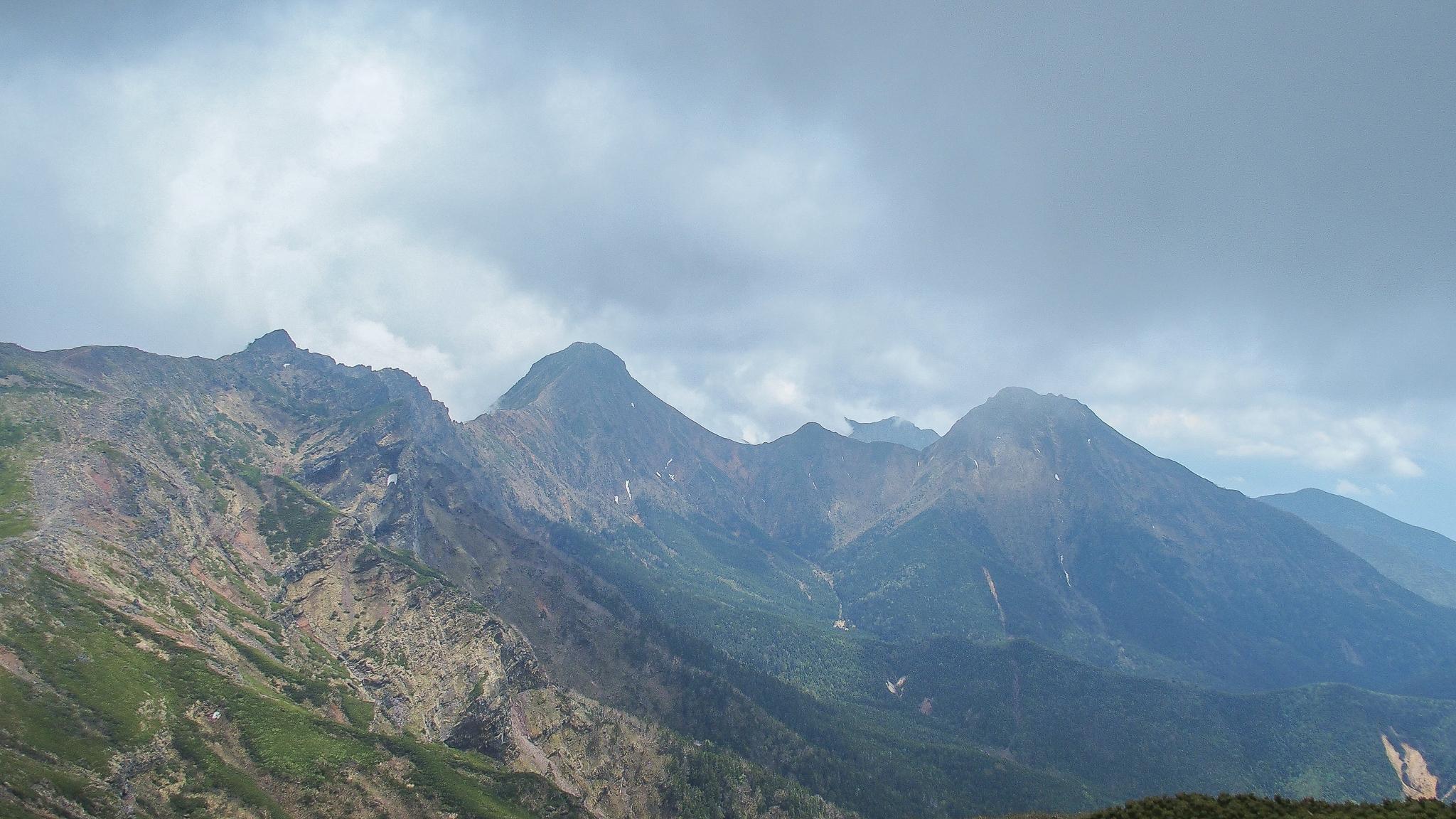 八ヶ岳(赤岳・横岳・硫黄岳)・硫黄岳からの横岳、赤岳、中岳、阿弥陀岳