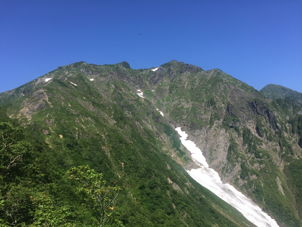 谷川岳・西黒尾根からのオキノ耳とトマノ耳