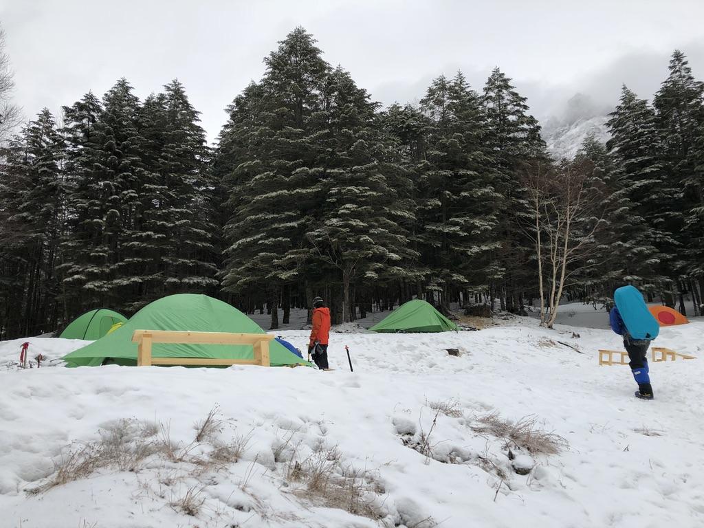 赤岳鉱泉・雪山でテント