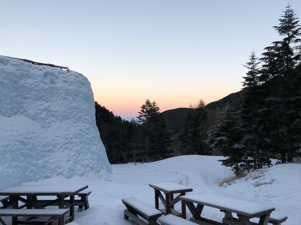 赤岳鉱泉からの日の出