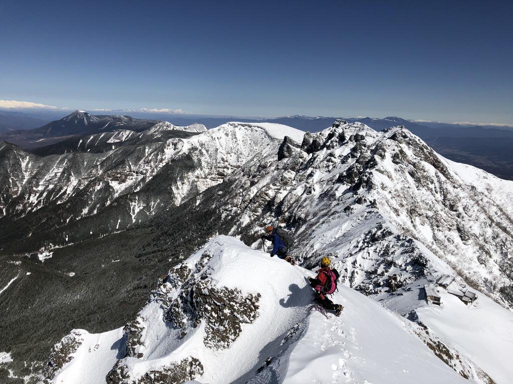 赤岳山頂から赤岳天望荘・アンザイレン