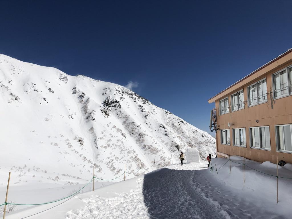 木曽駒ケ岳・千畳敷駅から登山口に向かいます2