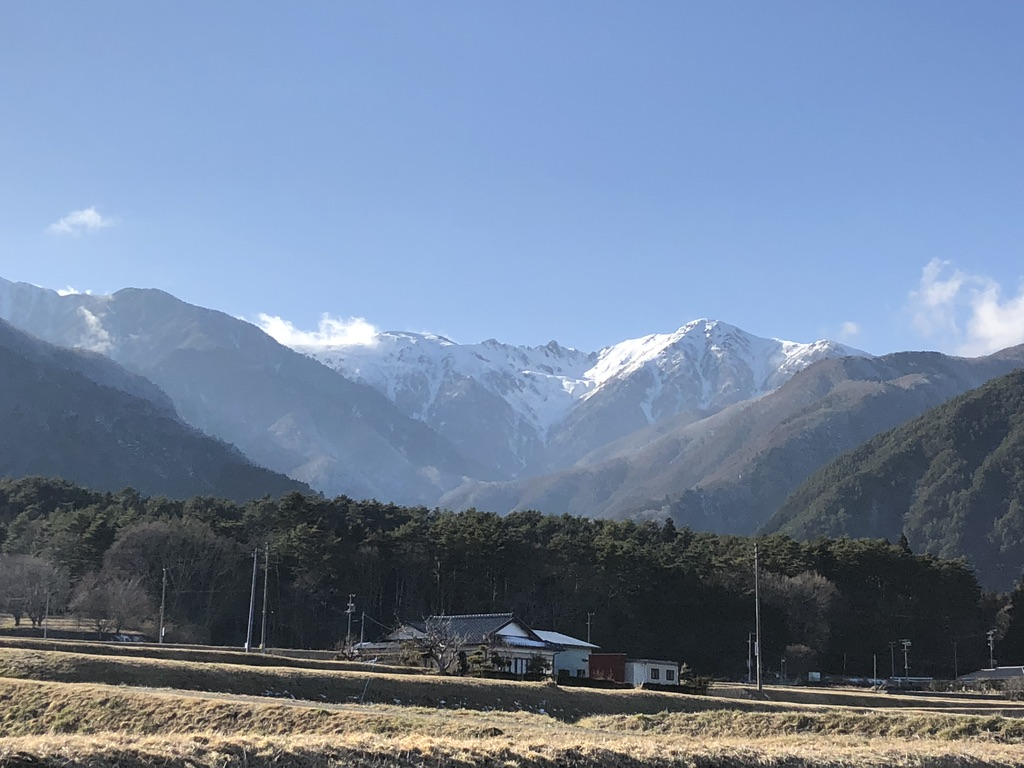 下界から見た木曽駒ヶ岳