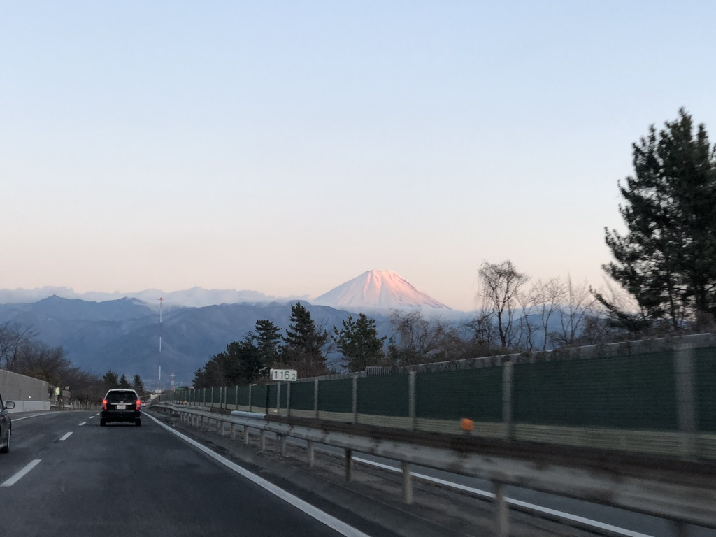 中央自動車道から富士山・夕焼け
