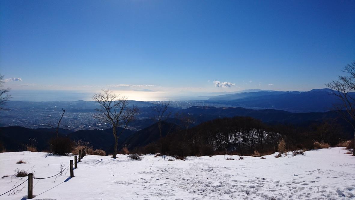 丹沢・鍋割山・山頂からの相模湾