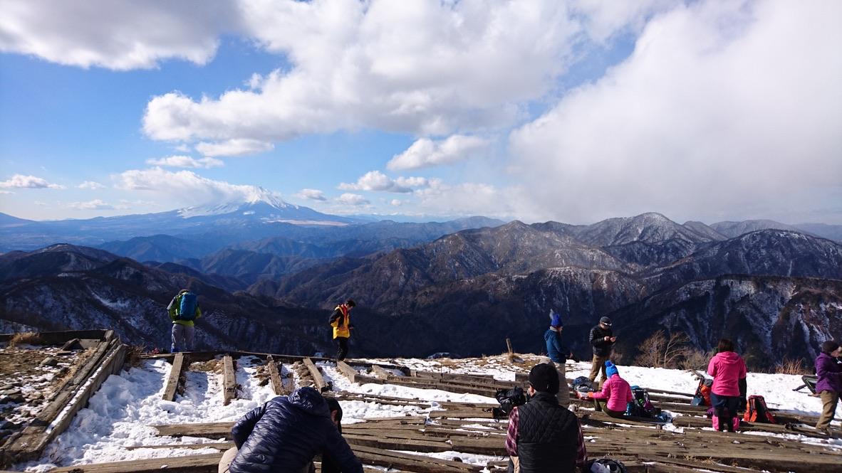 丹沢・塔ノ岳山頂からの富士山、再び