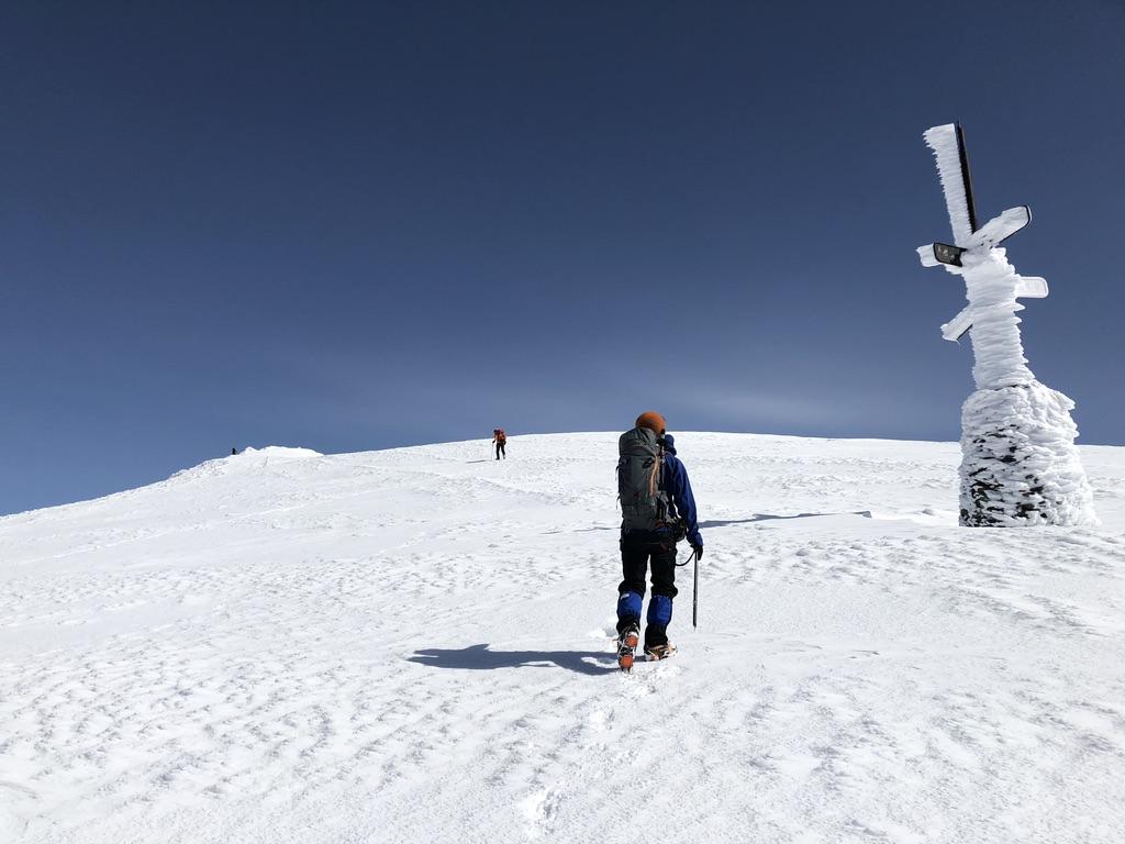 谷川岳・天神尾根・標識凍っていましたね