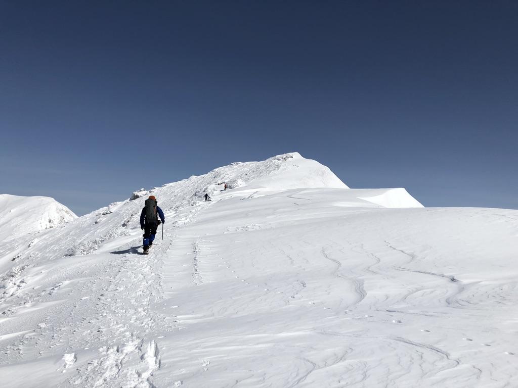 谷川岳・オキノ耳を登ります
