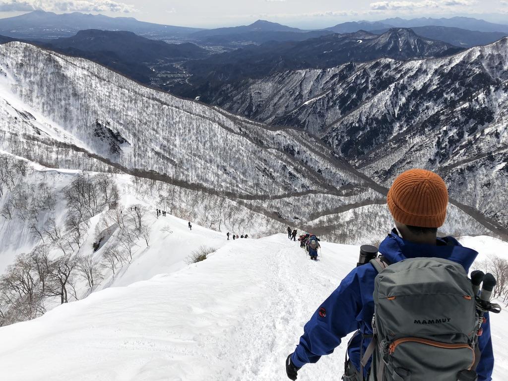 谷川岳・天神尾根・稜線沿いを下ります3