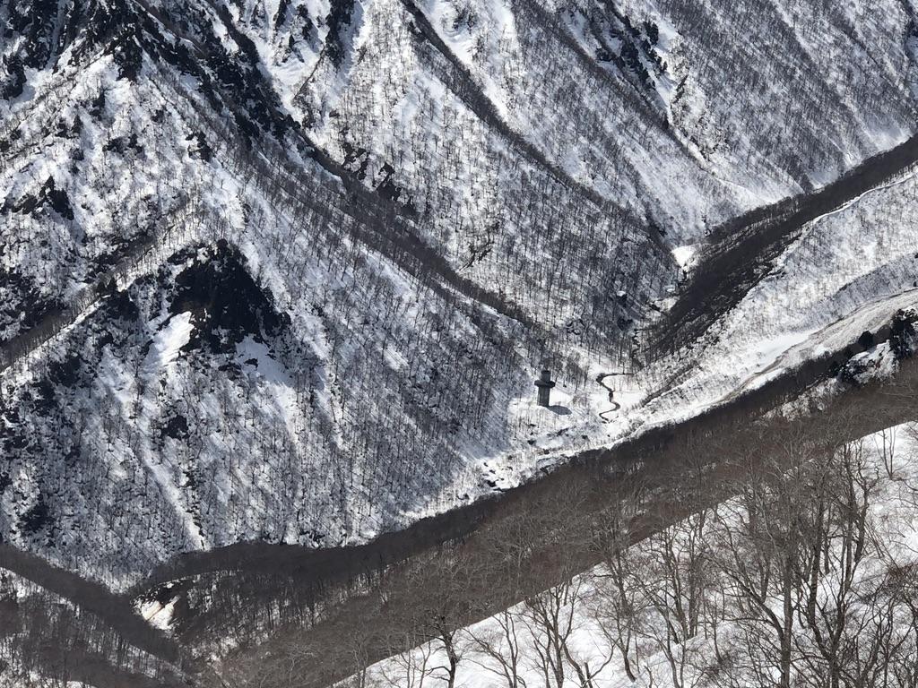 谷川岳・天神尾根・関越トンネル通気口・アップ