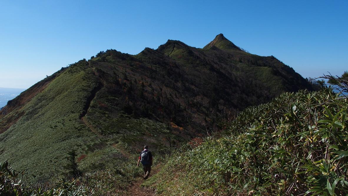 武尊山・引き続き、剣ヶ峰山向かいましょう