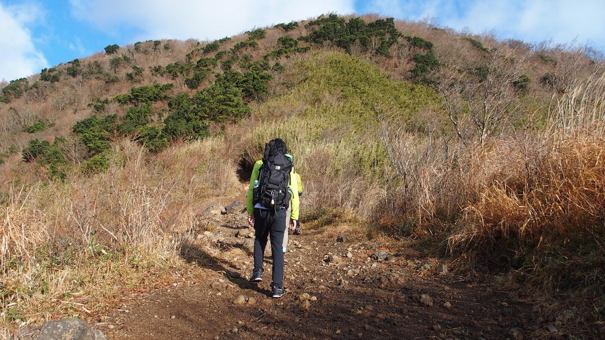 金時山・明神ヶ岳・視界がひらけてきましたよ