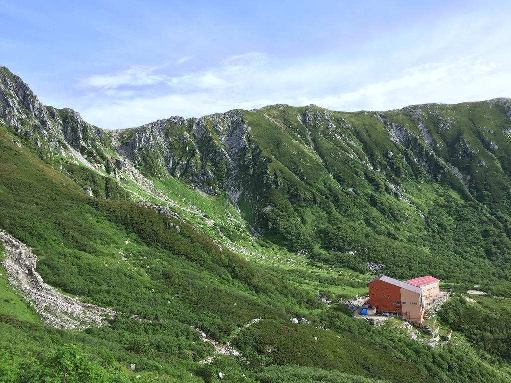 木曽駒ケ岳・宝剣岳に登る道からの千畳敷カール