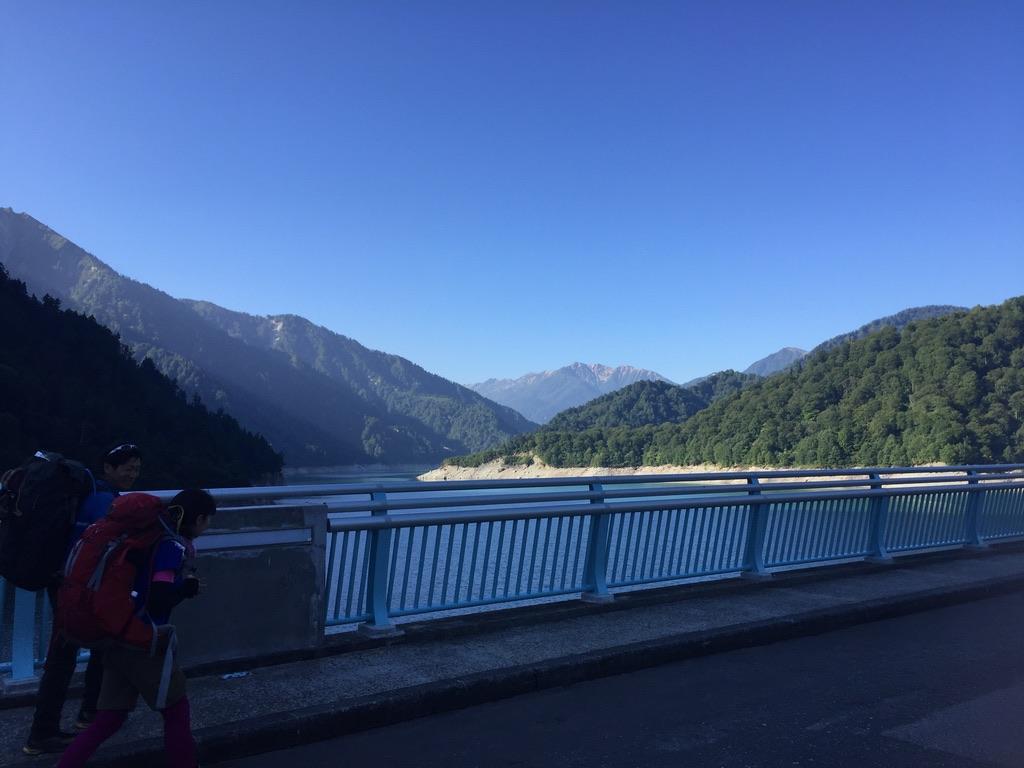 立山・黒部湖と赤牛岳