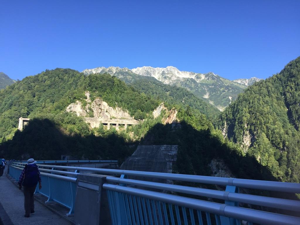 立山・黒部ダムからの立山連峰