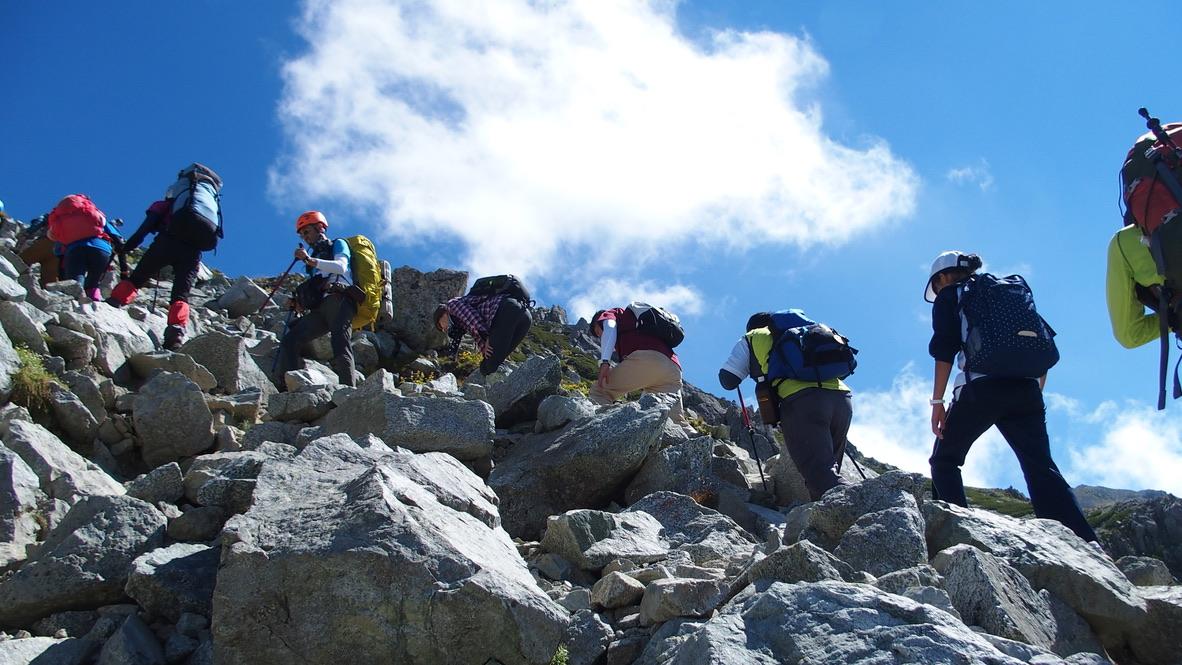 立山・雄山への上り道