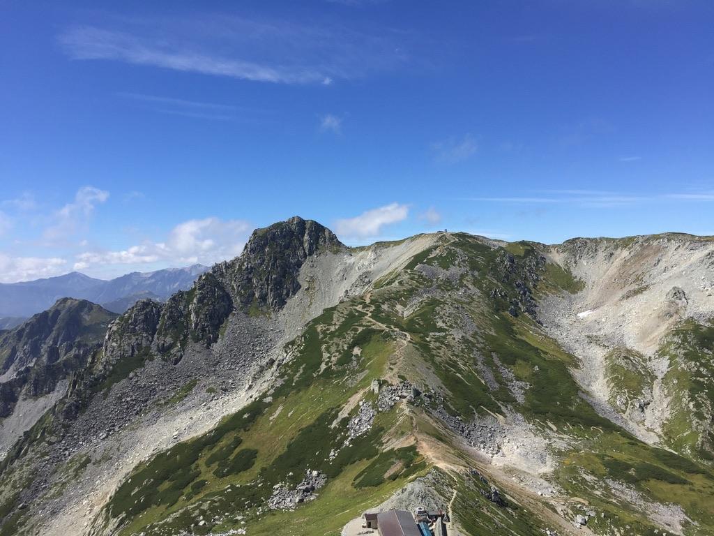 立山・一の越山荘と龍王岳