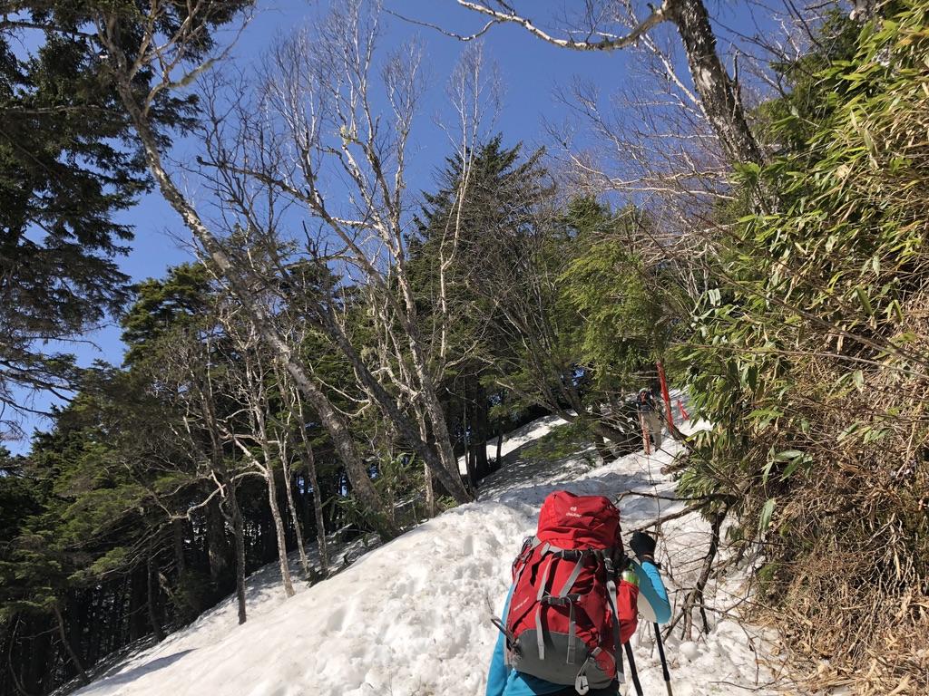 燕岳・富士見ベンチに至る道・名前の由来気になります