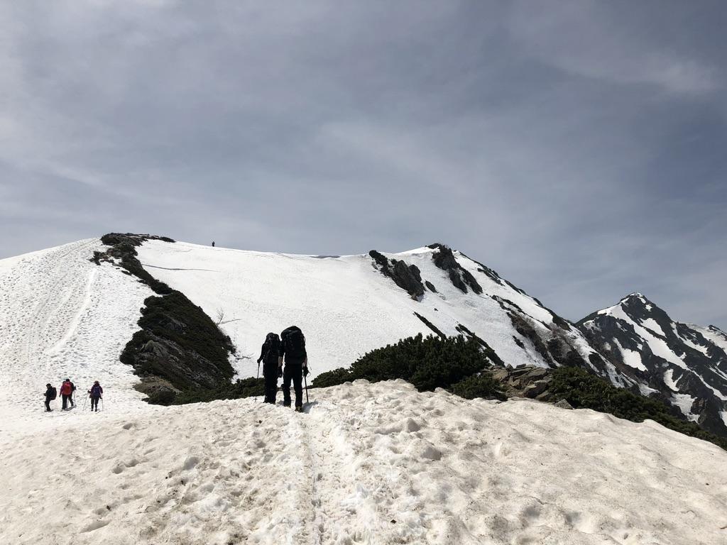 唐松岳・八方尾根・唐松岳に向かってどんどん歩いて行きまっせ