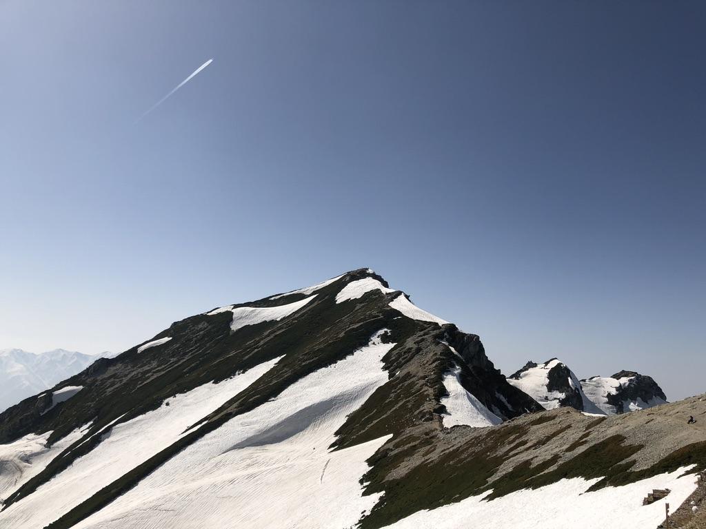 唐松岳・唐松岳頂上山荘からの唐松岳と不帰嶮