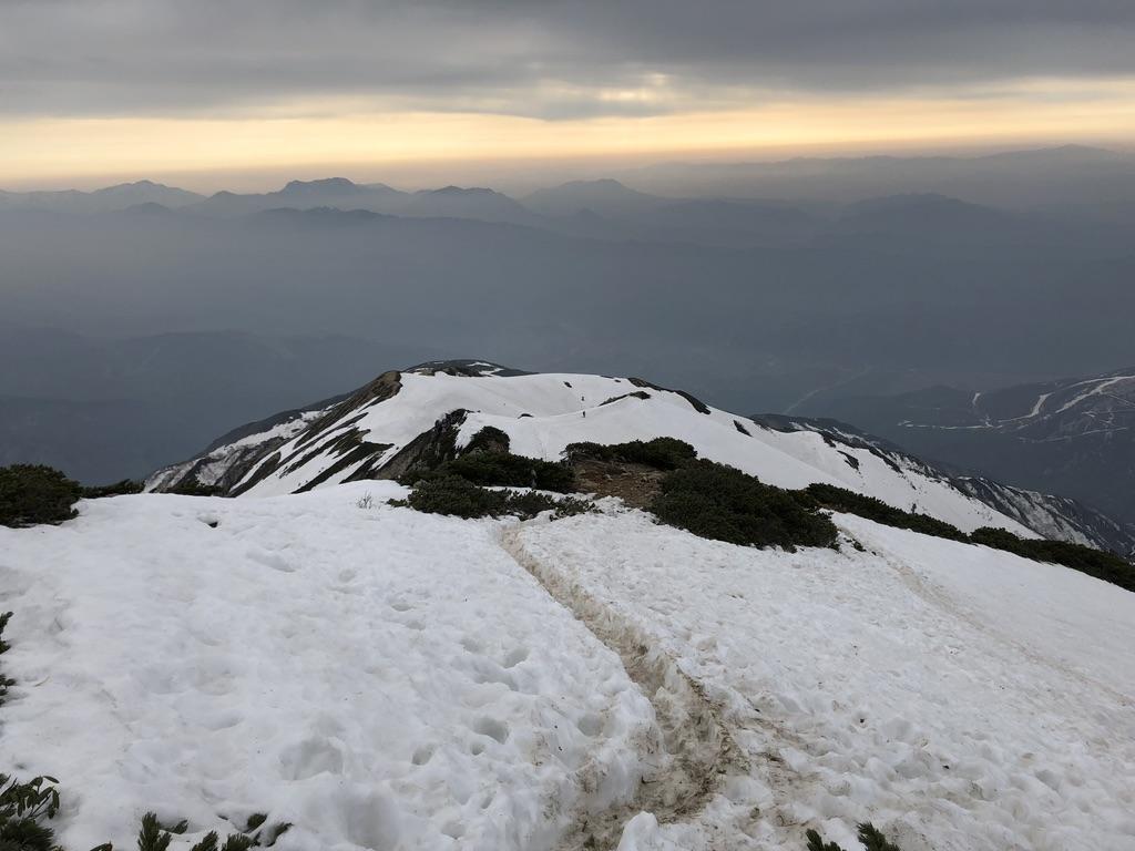 唐松岳・八方尾根・雪の八方尾根を下る