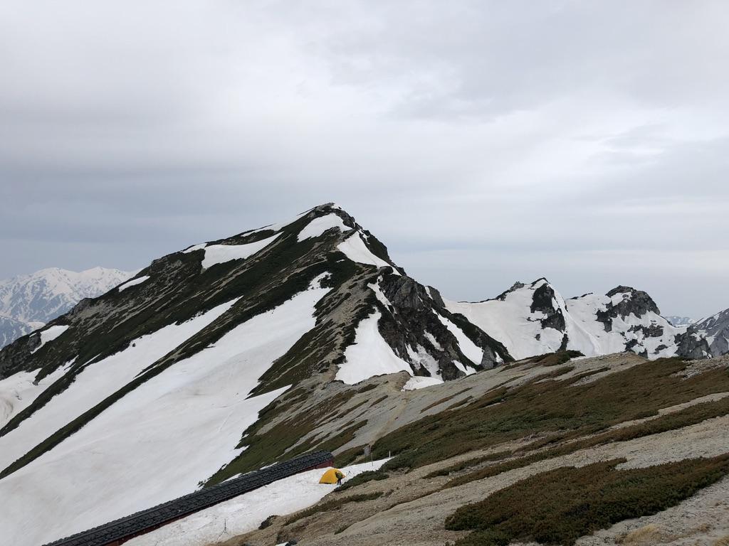 唐松岳・唐松岳頂上山荘からの唐松岳、不帰嶮(かえらずのけん)