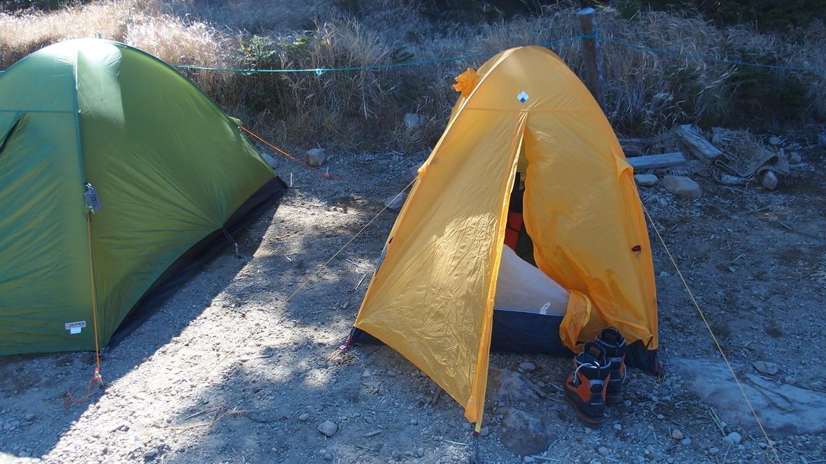 天狗岳(東天狗、西天狗)・黒百合ヒュッテでテントです