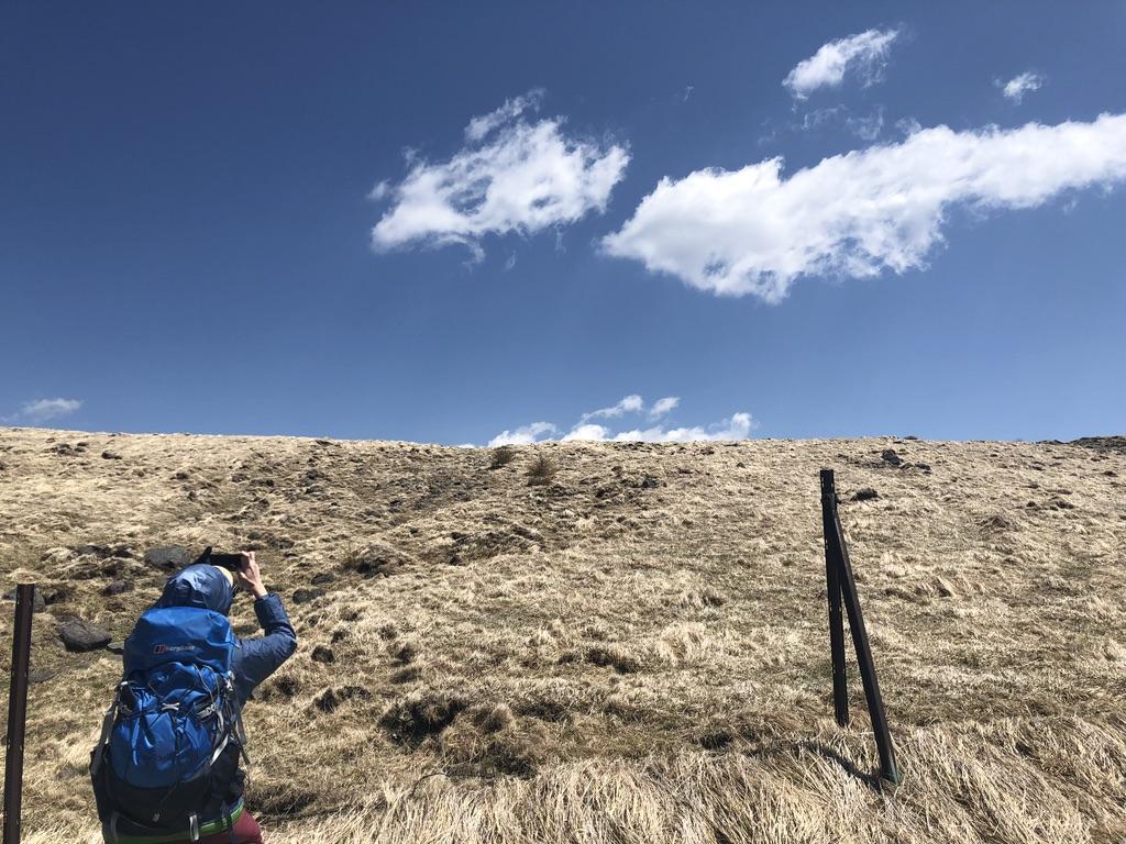 美ヶ原・アルプス展望コース・雲と写真に収めます