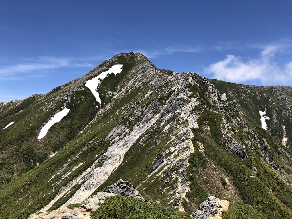 蝶ヶ岳・常念岳・常念岳へと向かう稜線