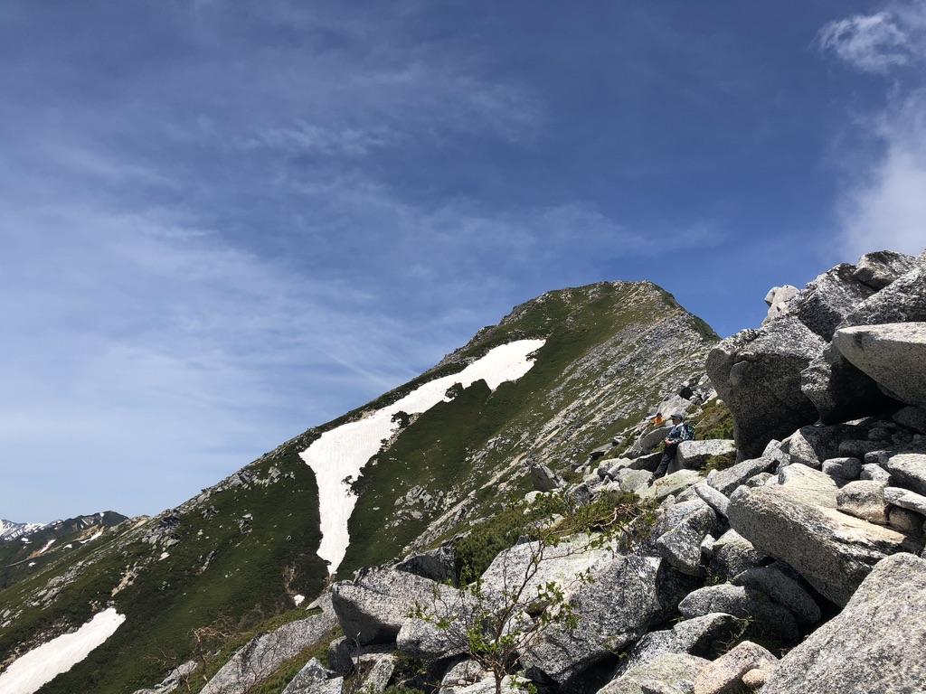 蝶ヶ岳・常念岳・常念岳アタック、休み休み登ります
