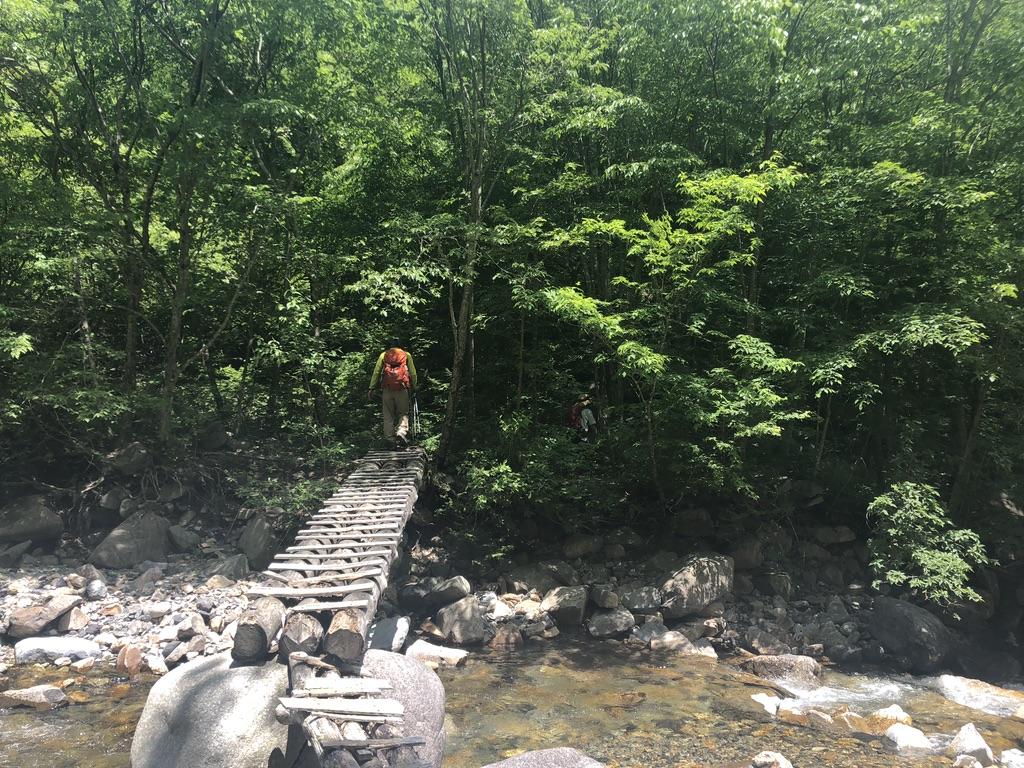 恵那山・広河原の丸太の橋