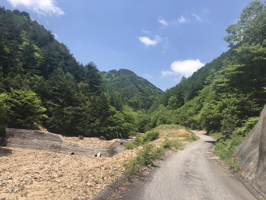 恵那山・廃道を行く