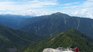 甲斐駒ヶ岳からの仙丈ヶ岳
