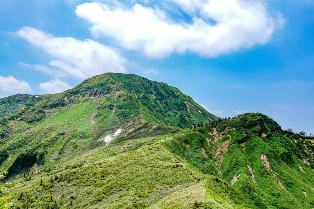 苗場山・富士見坂からの苗場山