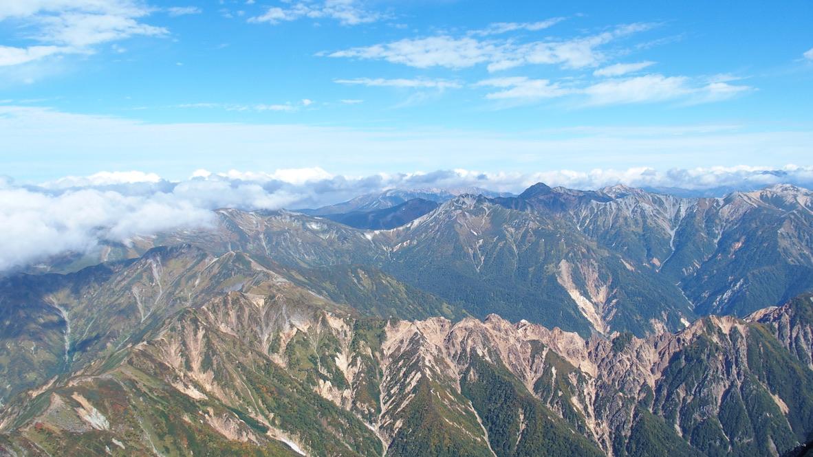 槍ヶ岳・涸沢・槍ヶ岳山頂からの北の山々