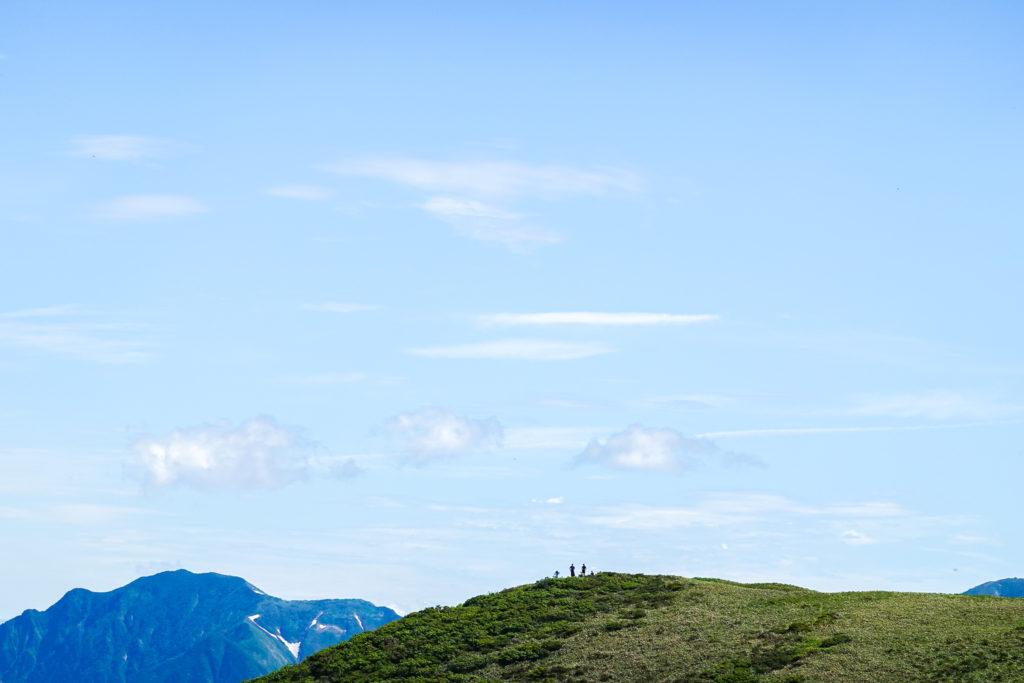 巻機山・牛ヶ岳(うしがだけ)山頂をアップで