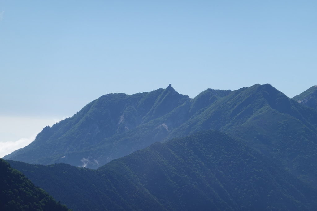 仙丈ヶ岳・仙丈ヶ岳六合目からの鳳凰三山(地蔵岳、薬師岳、観音岳)