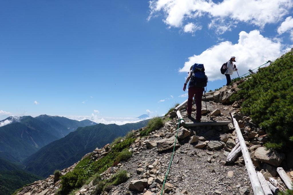 仙丈ヶ岳・ちびっ子たちもがんばって登ってます!