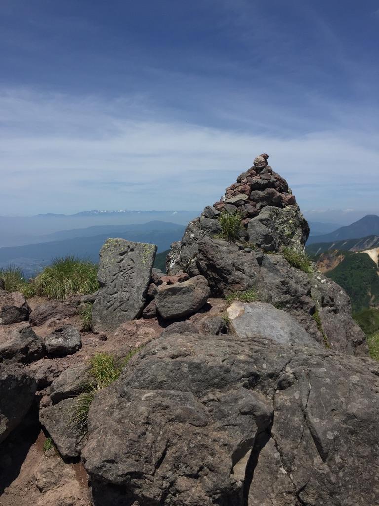 南八ヶ岳・横岳、石尊大権現を祭る石尊峰