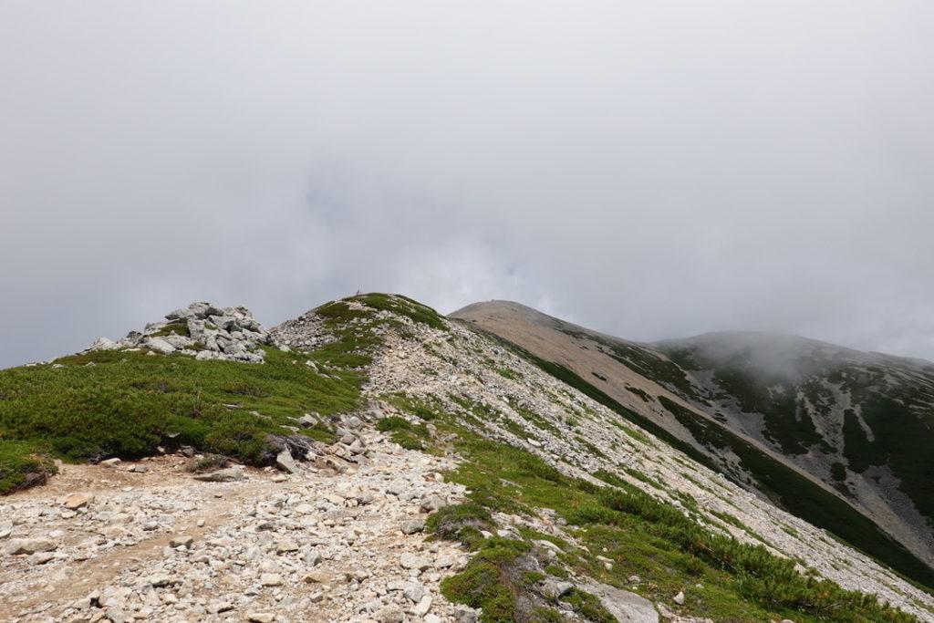 雲ノ平・薬師岳山頂はまだつかない