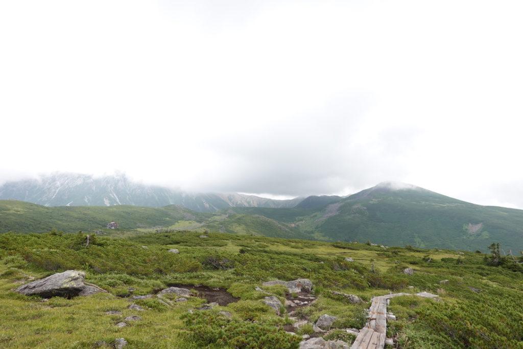 雲ノ平・祖母岳から雲ノ平山荘へ