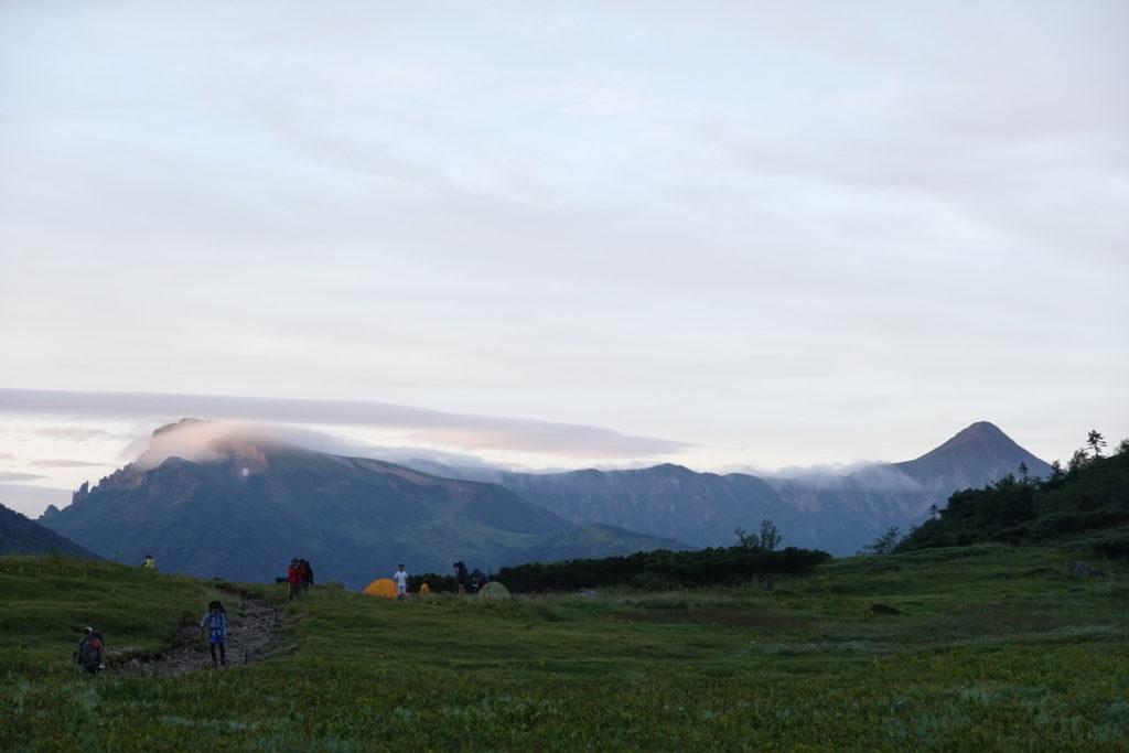 雲ノ平・黒部五郎小舎付近から見た笠ヶ岳