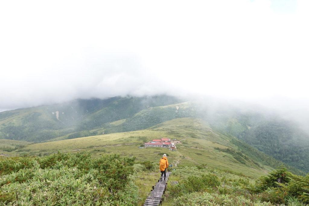 雲ノ平・太郎山から太郎平小屋へ