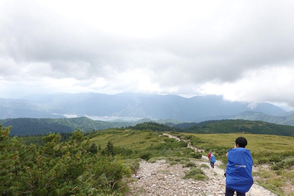 雲ノ平・草原から有峰湖