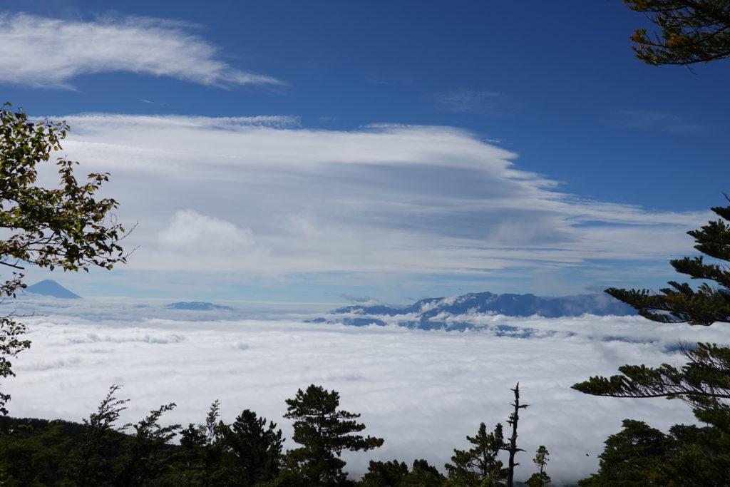 編笠山・権現岳・編笠山からの富士山と南アルプス