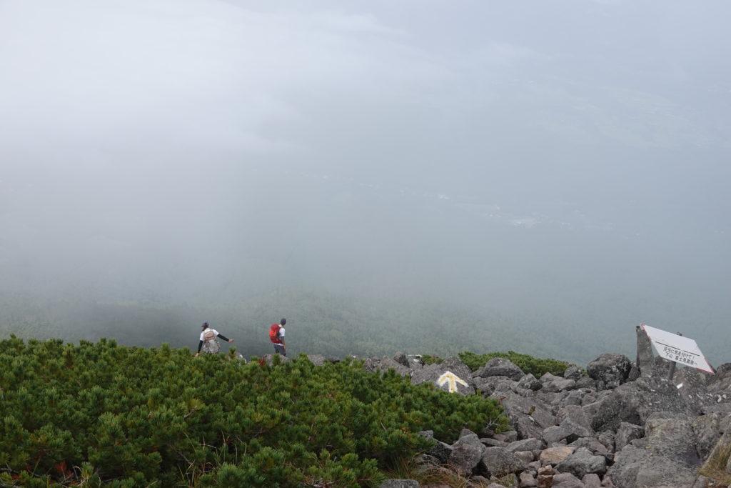 編笠山・権現岳・編笠山山頂・完全にガスりました